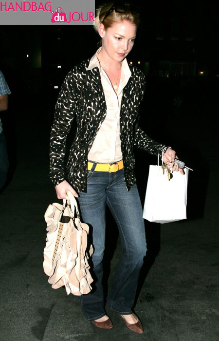 Katherine Heigl is the latest celeb to sport the Be & D Kan Kan Tote
