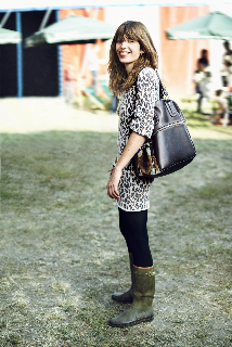 lou-doillon-longchamp-cosmos-bag