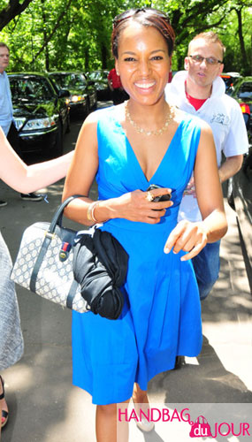 Kerry Washington on her way to the White House Correspondents events dinner lunch barack obama Gucci boston vintage doctor's bag