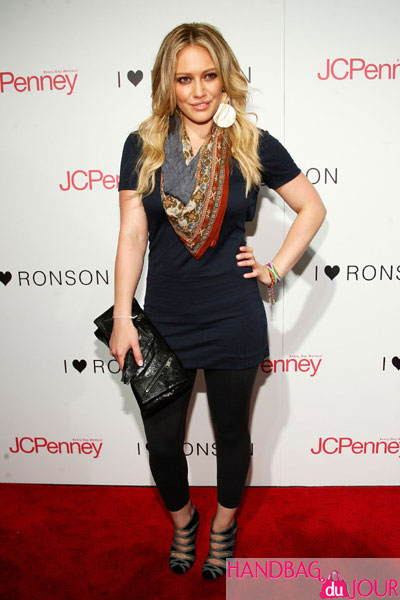 Alexander McQueen Faithful Glove Clutch black leather Hilary Duff attends the Charlotte Ronson and JCPenney's celebration of I Heart Ronson