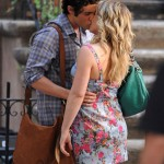 Hilary Duff on set of Gossip Girl with Mulberry Mitzy hobo with Penn Badgeley Dan Humphrey
