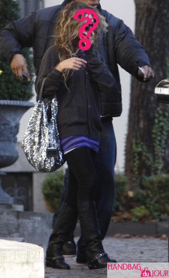 Beyonce in Europe DvF Stephanie medium hobo bag