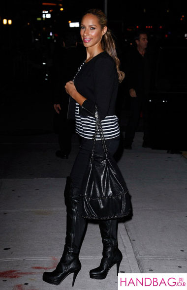 Leona Lewis steps up her bag game with the Stella McCartney Falabella Bucket Bag