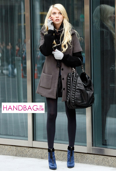 Spotted: Taylor Momsen (aka Jenny Humphrey) and her YSL Roady on ...
