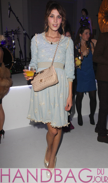 Alexa Chung ELLE Style Awards in London England Chanel Classic 2.55 Flap bag pink leather
