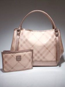 Burberry Lawrence Tote in Pink