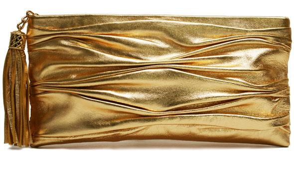giveaway onna-erlich-half-sara-clutch-in-gold-with-wrist-strap