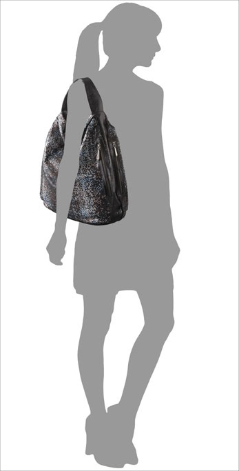 Bryna Nicole Serrano Stingray Hobo on model