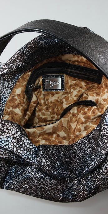 Bryna Nicole Serrano Stingray Hobo top-inside