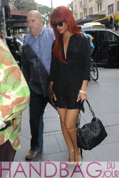 Rihanna-shopping-in-Sydney-Australia-with-Dior-Delices-Gaufre-Medium-Flap-Shoulder-Bag