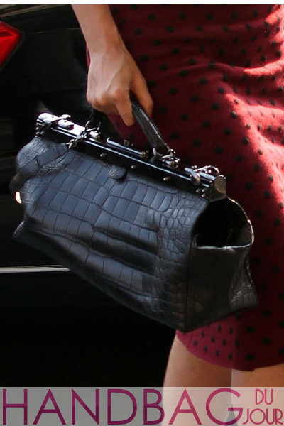 beyonce-in-paris-black crocodile balmain-bag