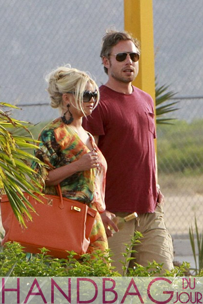 Jessica-Simpson-in-Cabo-Mexico-with-fiance-Eric-Johnson orange Hermes Birkin bag