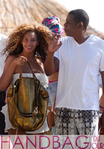 Beyonce-Jay-Z-in-Croatia-Sang-A-Pop-gold-python-tote-bag