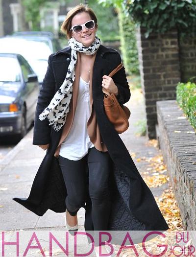 Emma-Watson-Mulberry-Bayswater-brown-handbag