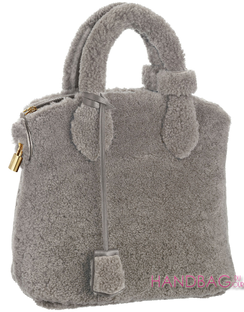 Louis-Vuitton-sheepskin-Pulsion-Lockit in Gris perele gray