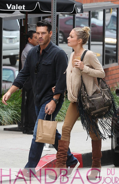 LeAnn-Rimes-and-husband-Eddie-Cibrian-leave-Coral-Tree-Cafe-after-having-lunch-in-Brentwood,-California--Cleobella-Onida-Fringe-Hobo