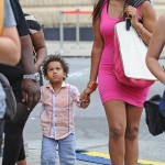 Jennifer Hudson with son David Daniel Otunga Jr and C. Wonder Gusset Tote on the set of Smash in New York City