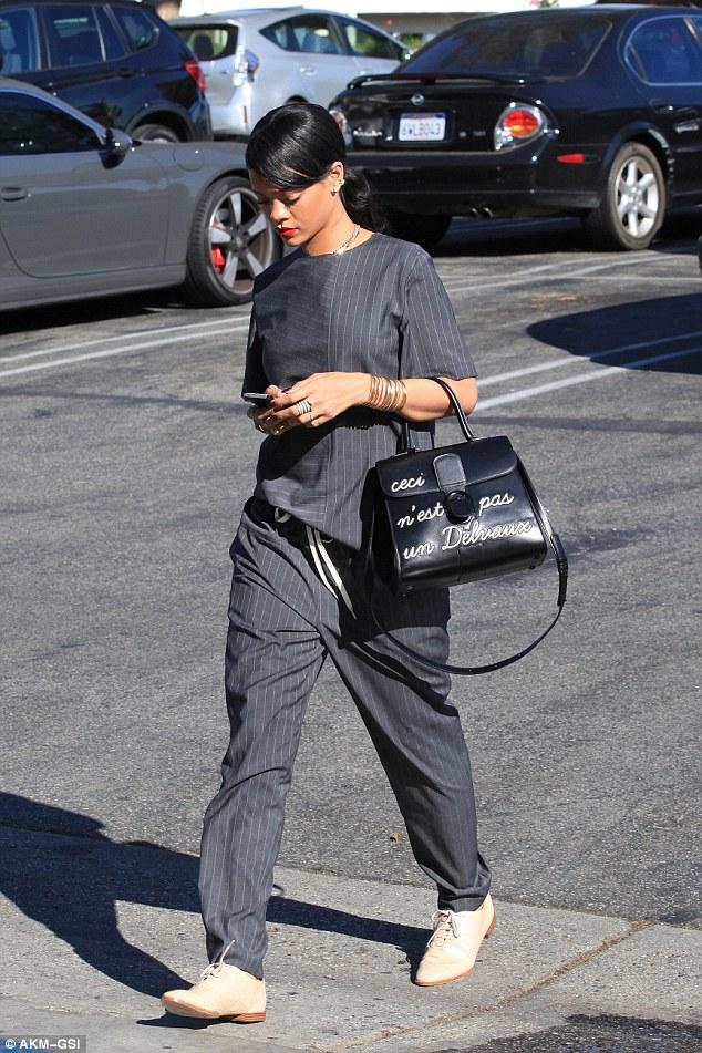 d0756e76dc Rihanna rocks a VERY limited-edition Delvaux bag - Handbag du Jour ...