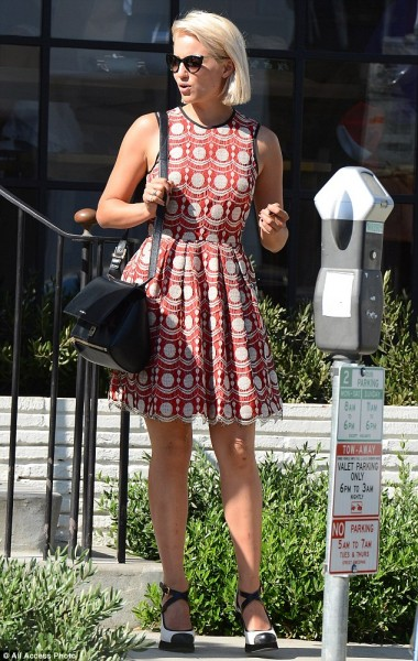 Dianna Agron with Givenchy Pandora Rigid Palma Box Crossbody